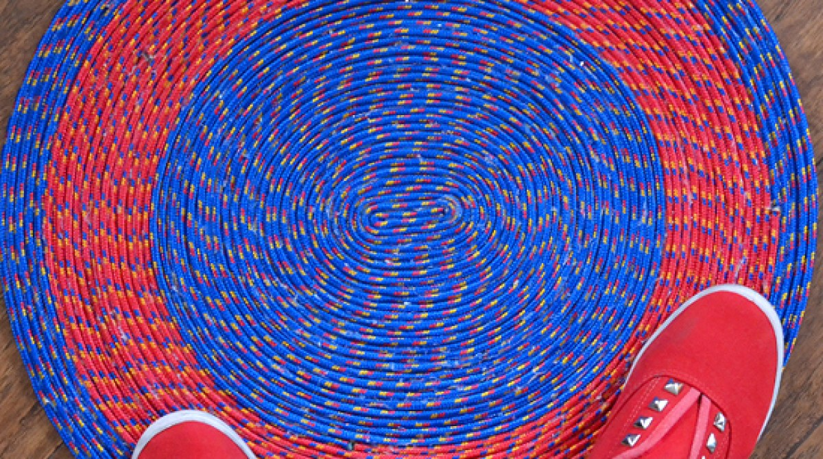 How-To: No Sew Rope Rugs