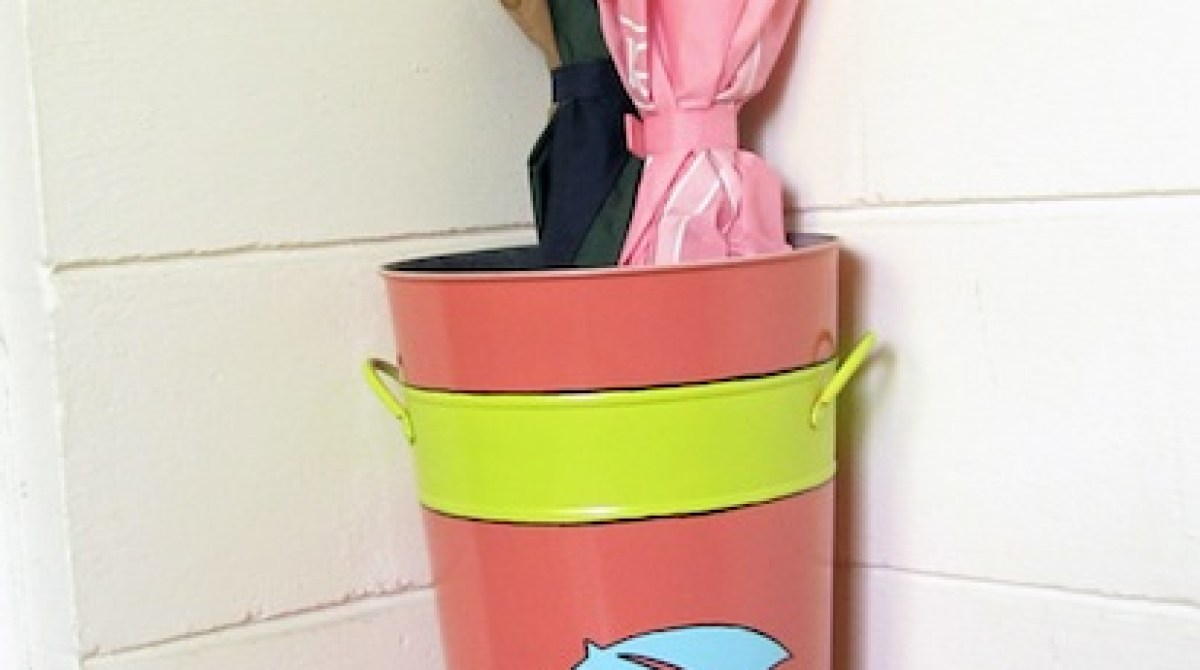 How-To: Painted Umbrella Stand
