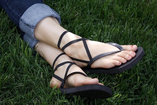How-To: Strappy Flip Flops