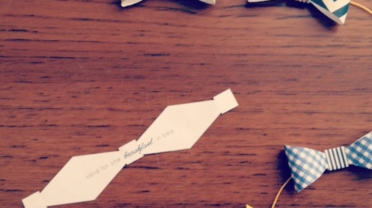 How-To: Father's Day Bow Tie Garland