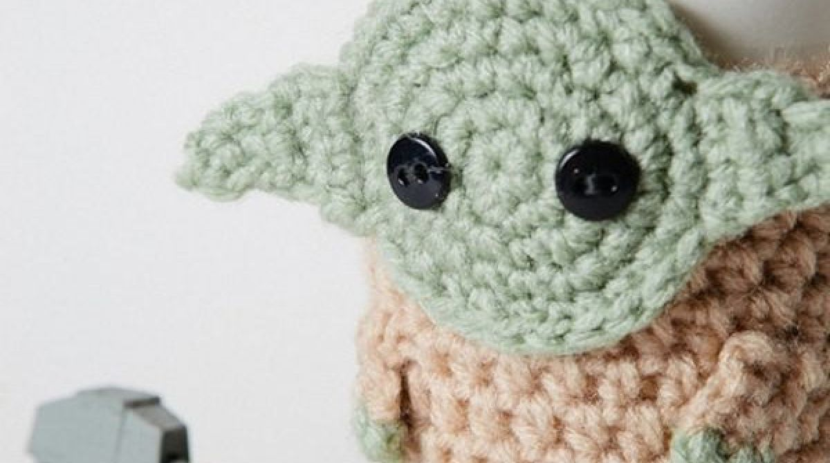 Crocheted Yoda Coffee Cup Cozy Make