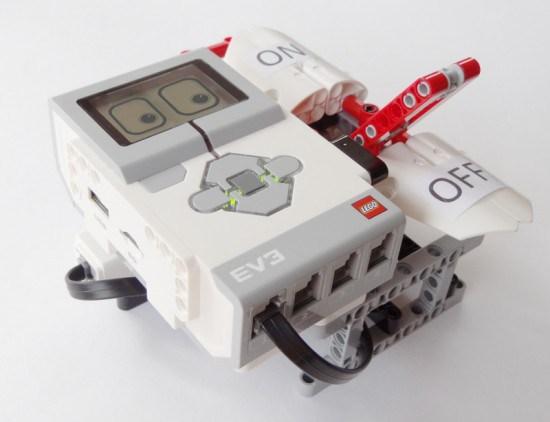 Lego Mindstorms EV3 Most Useless Machine
