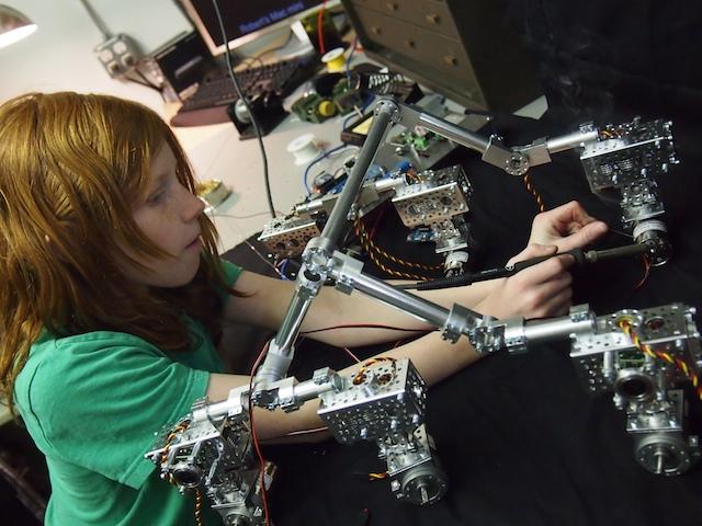 Maker Family Builds Museum Quality Mars Rover