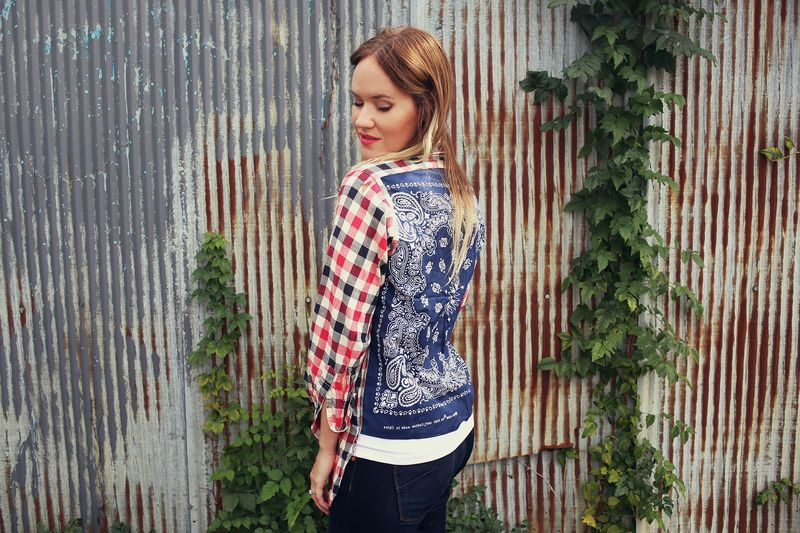 How-To: DIY Bandana Back Shirt