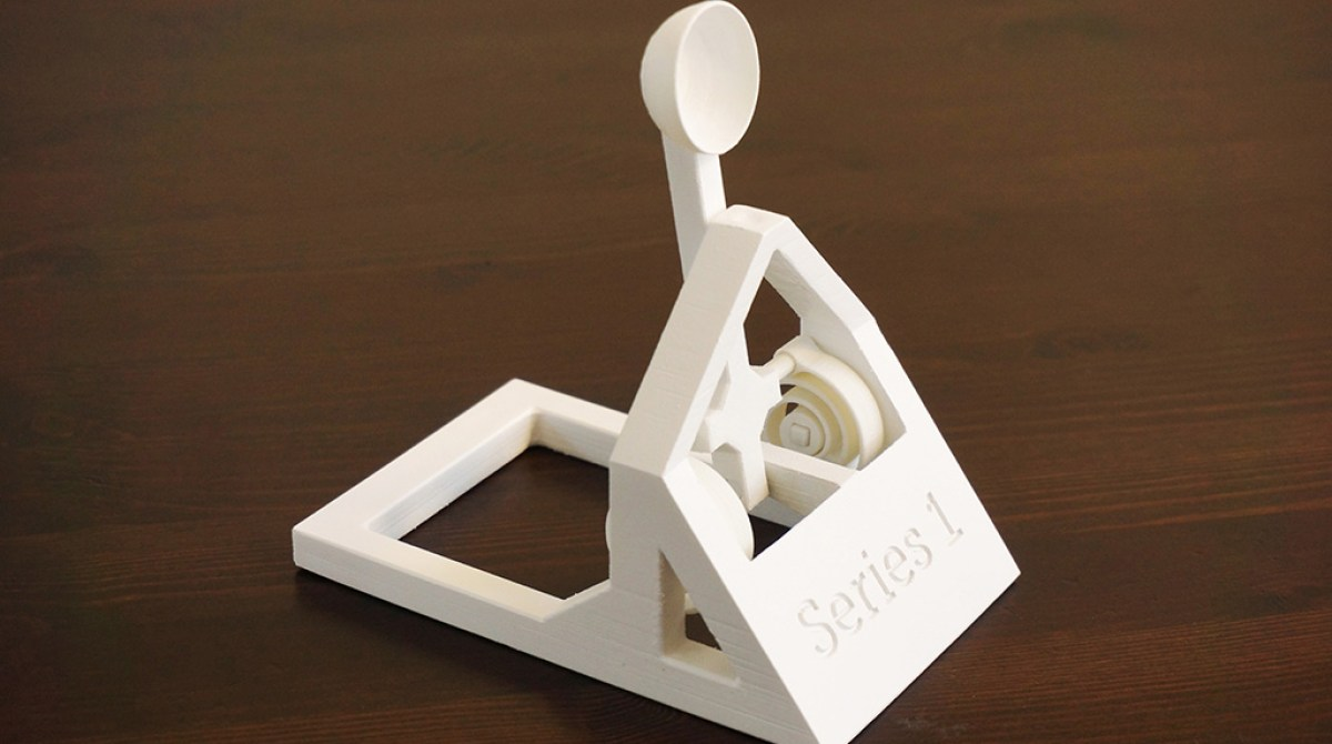 Desktop Warfare: Jonas Dalidd's Winning 3D Printed Catapult