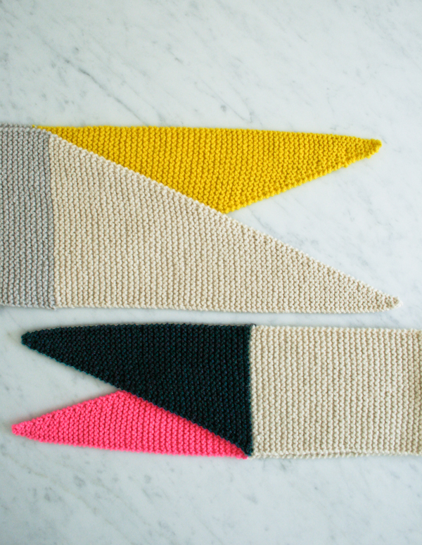 Color-Tipped Knit Scarf
