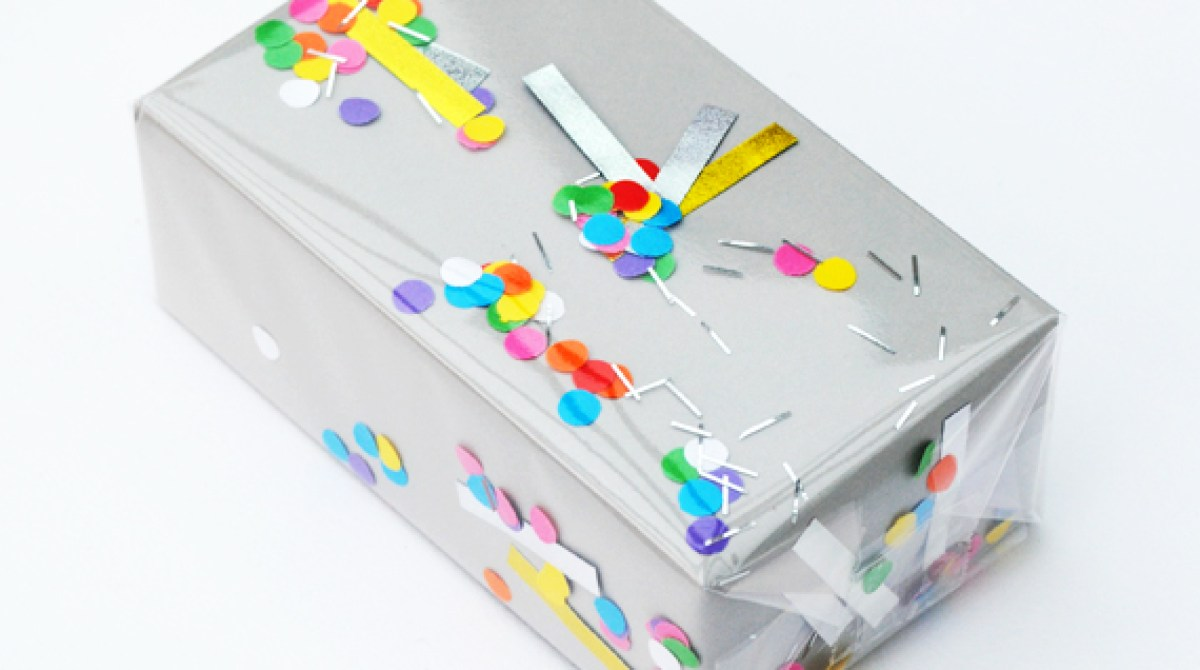 How-To: Shakeable Confetti Wrapping Paper