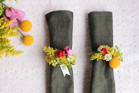 How-To: Fresh Flower Napkin Ring