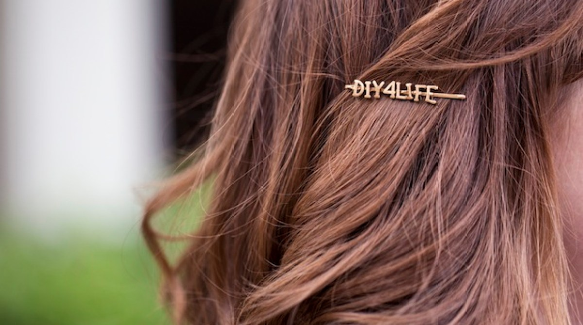 How-To: DIY Wordy Hairpins