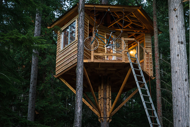 Ethan Schlussler's Handsome Treehouse is Nearly Complete
