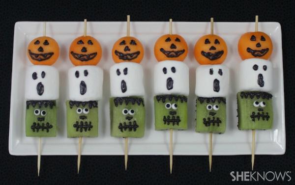 Recipe: Halloween Fruit Kabobs