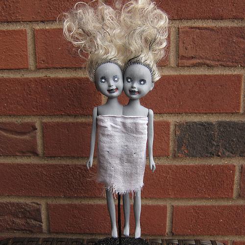 How-To: Zombie Siamese Twin Dolls