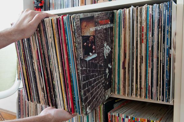 How-To: Secret Bookshelf Storage Box