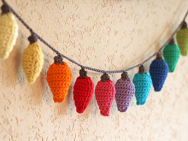 How-To: Crocheted Christmas Light Garland