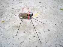 A simple, fun robot built into a candy tin, from MAKE Volume 10. Click here to build this bot.