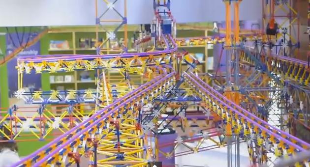 World's Largest K'nex Ball Machine