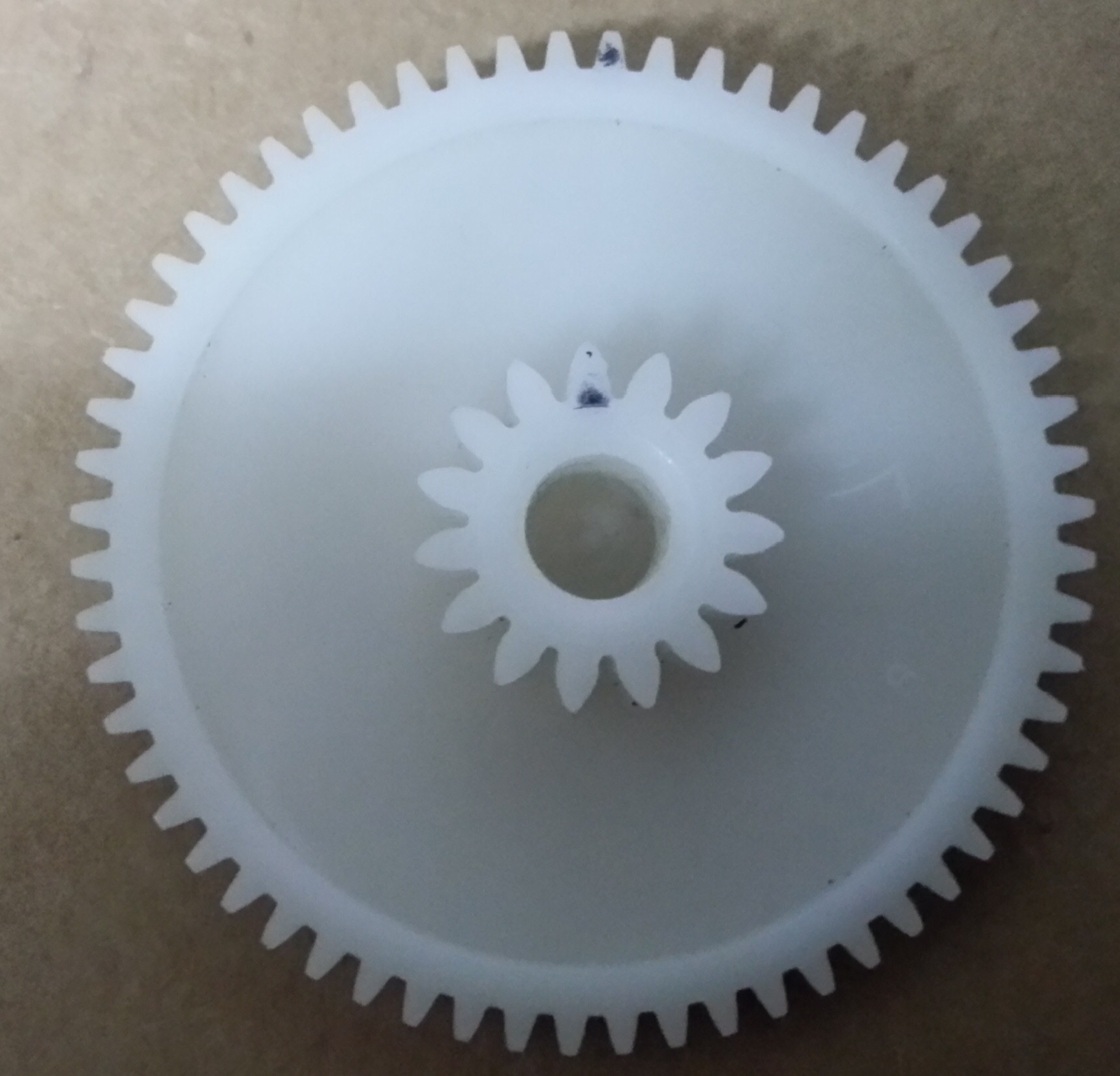 Ask MAKE: Are My Gears Metric or Imperial?