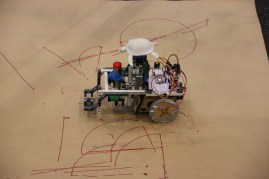 Turtlebot, the winner of the Makerland hackathon, is a Spark-powered LOGO processing, drawing robot built by combining a SumoBot Jr. kit with LEGO.