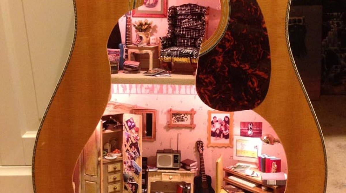 A Doll House Made From An Old Guitar Make Dolls Wiring Kit Article Featured Image