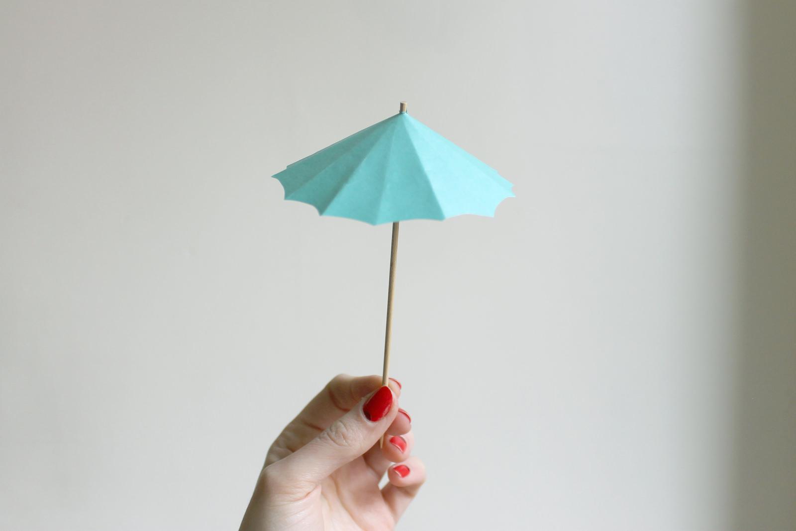 How-To: DIY Drink Umbrellas