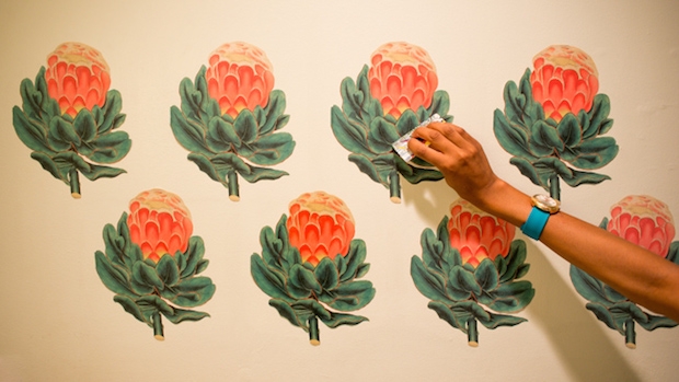 How-To: Vintage Wallpaper-Inspired Botanical Wall Decals