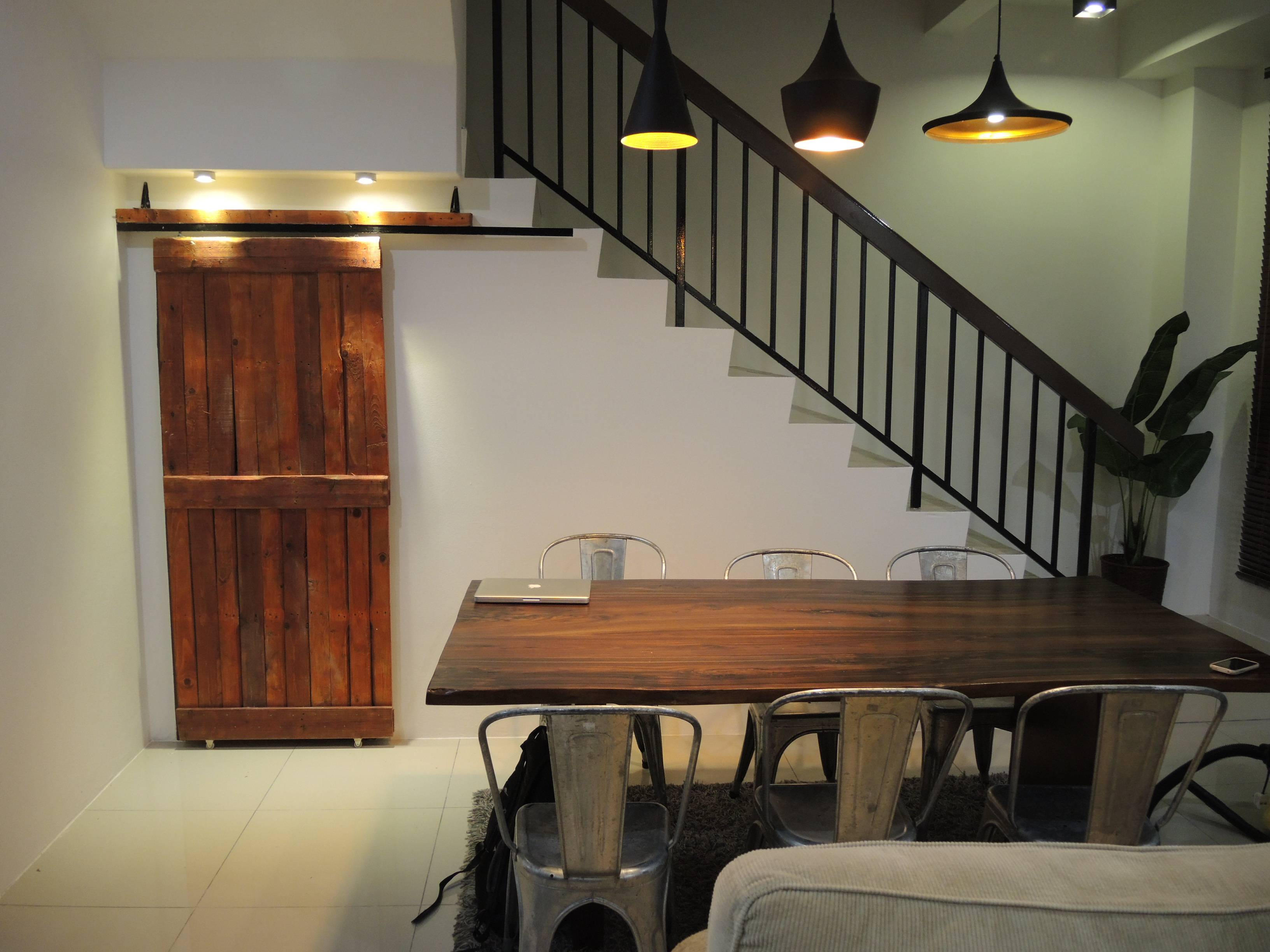 Sliding Door Made from Old Pallets