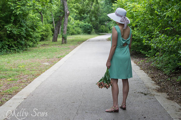 Summer Wardrobe: Bow Back Dress