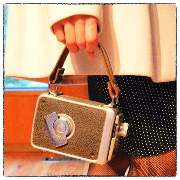 How-To: Vintage Movie Camera Handbag
