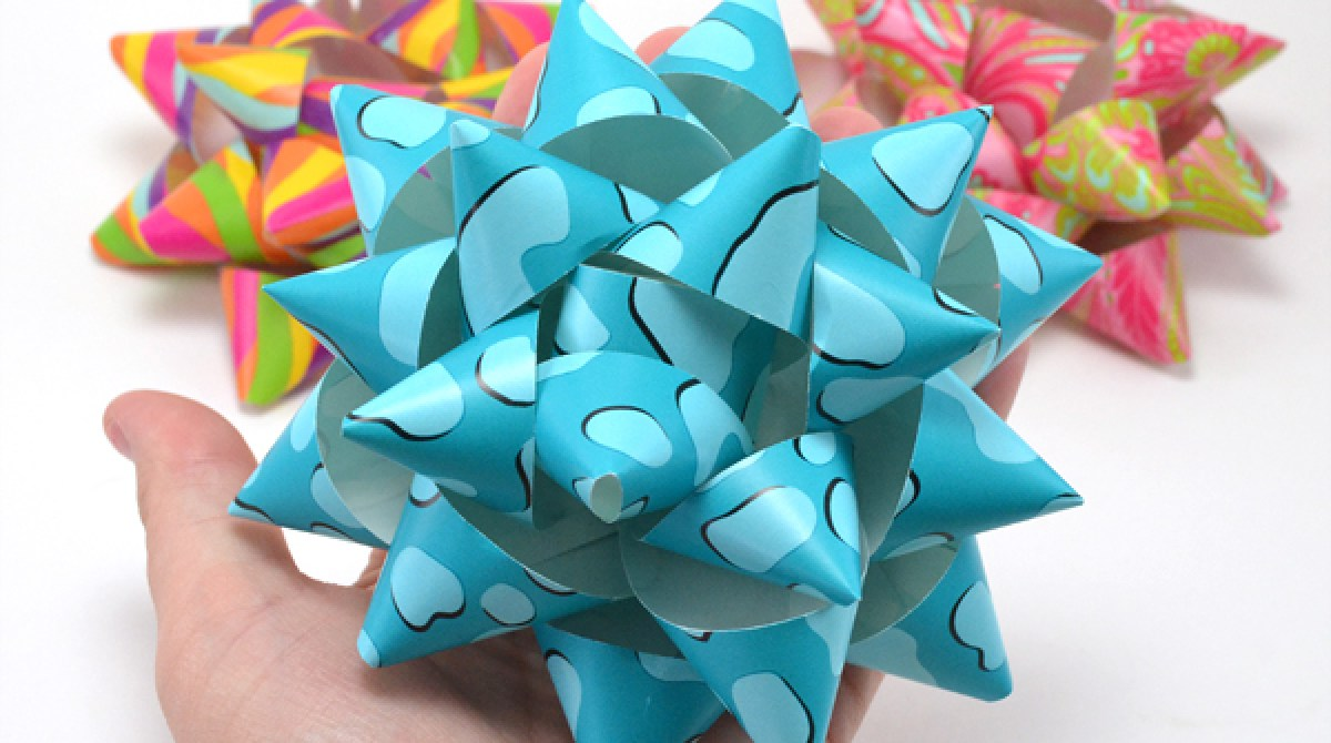 how to diy paper gift bows make. Black Bedroom Furniture Sets. Home Design Ideas