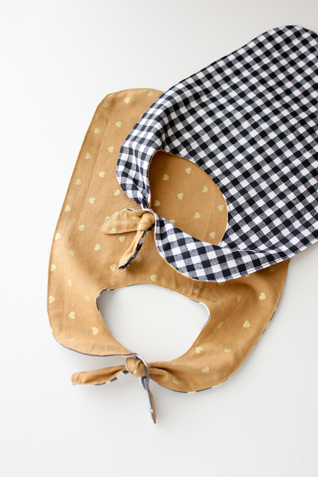 How-To: Knotted Pass-Through Baby Bib