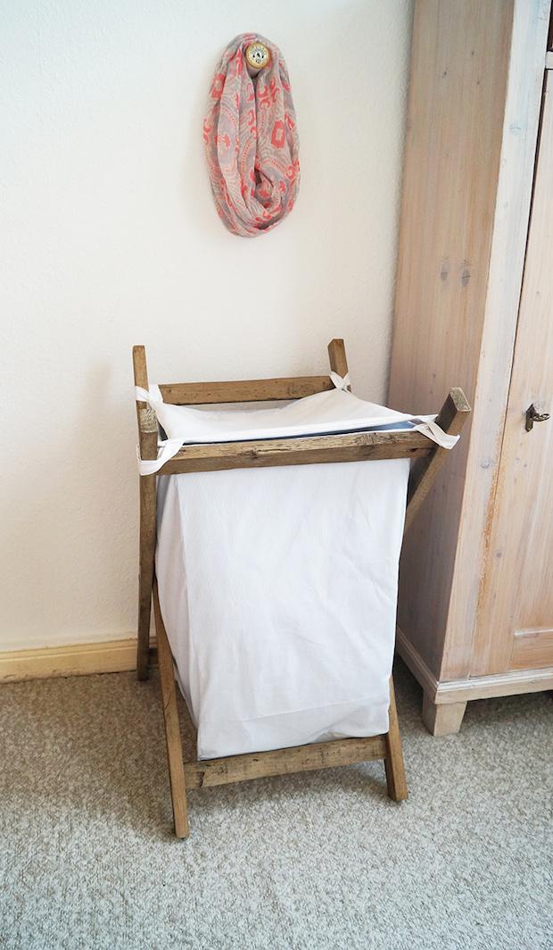 How-To: DIY Wooden Clothes Hamper