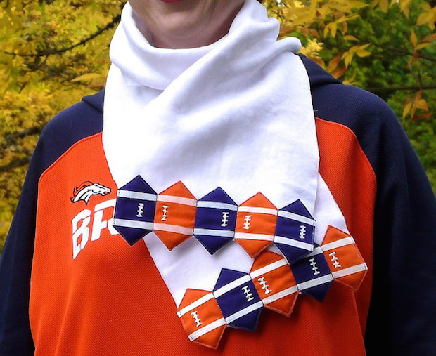 How-To: Football Fringe Scarf