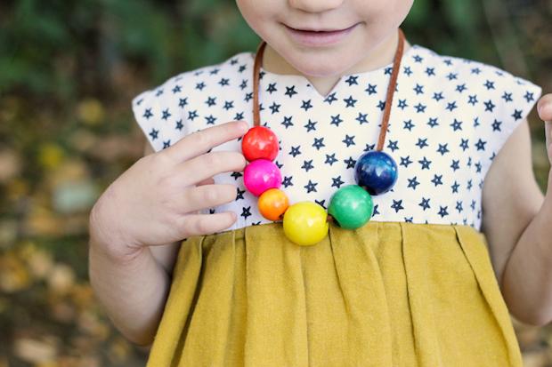 Kid Crafts: Toddler-Safe Beaded Necklace
