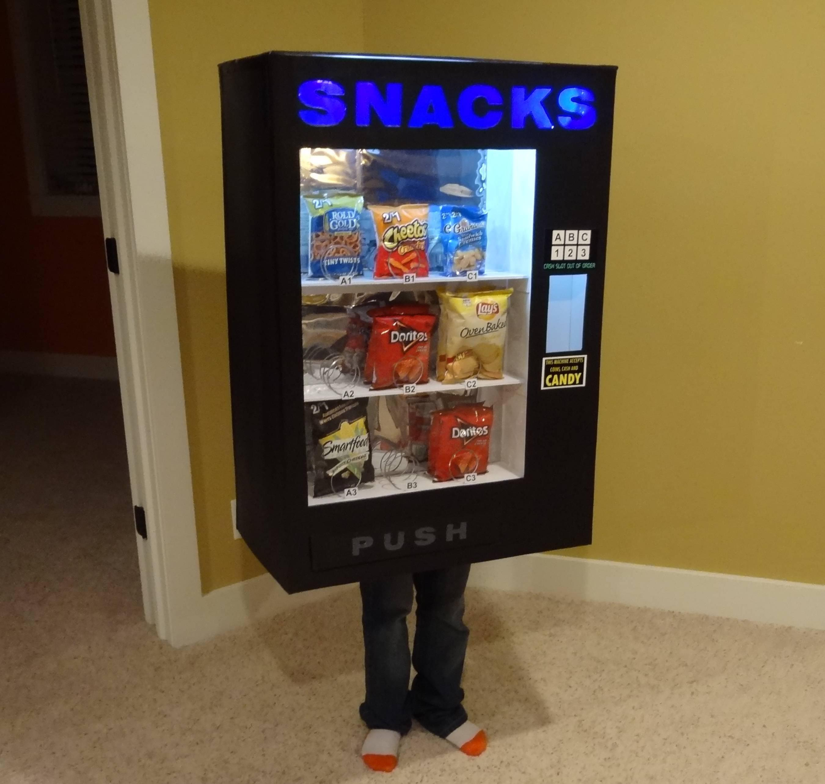 Kid Dresses Up as a Vending Machine and Other Inanimate Objects Every Year for Halloween