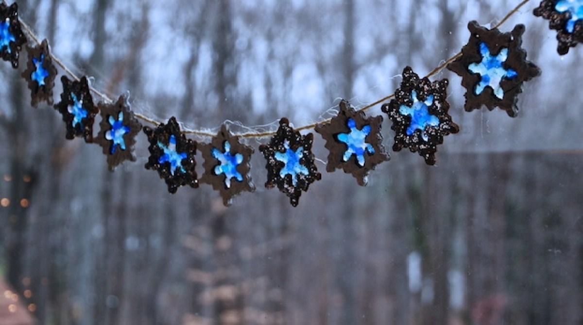 How-To: Snowflake Suncatcher Garland