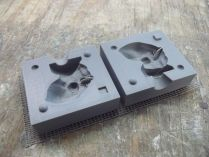 Parametric Two-Part Mold Generator