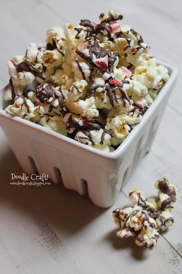 Recipe: Peppermint Popcorn Munch