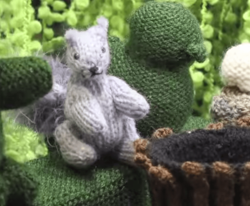 Stop Motion Animation Entirely Knitted by Hand