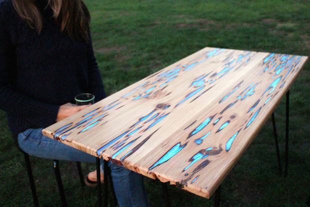 How-To: Glow Table