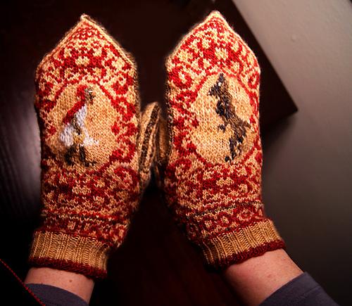 Little Red Riding Hood Mittens Knitting Pattern