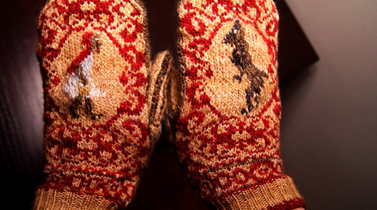 Little Red Riding Hood Mittens Knitting Pattern
