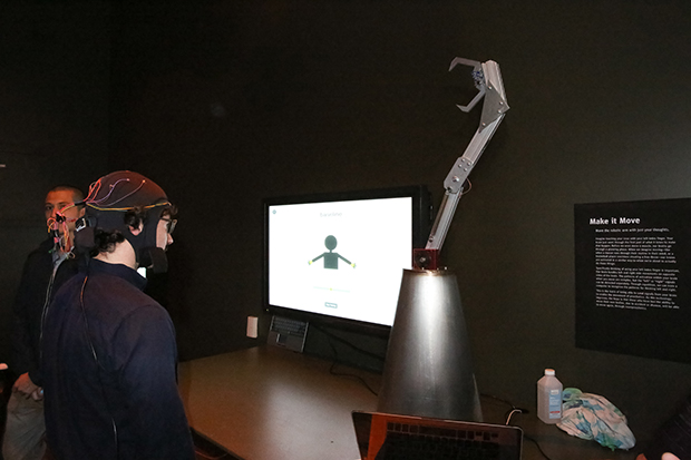 Control This Robot Arm – With Your Brain