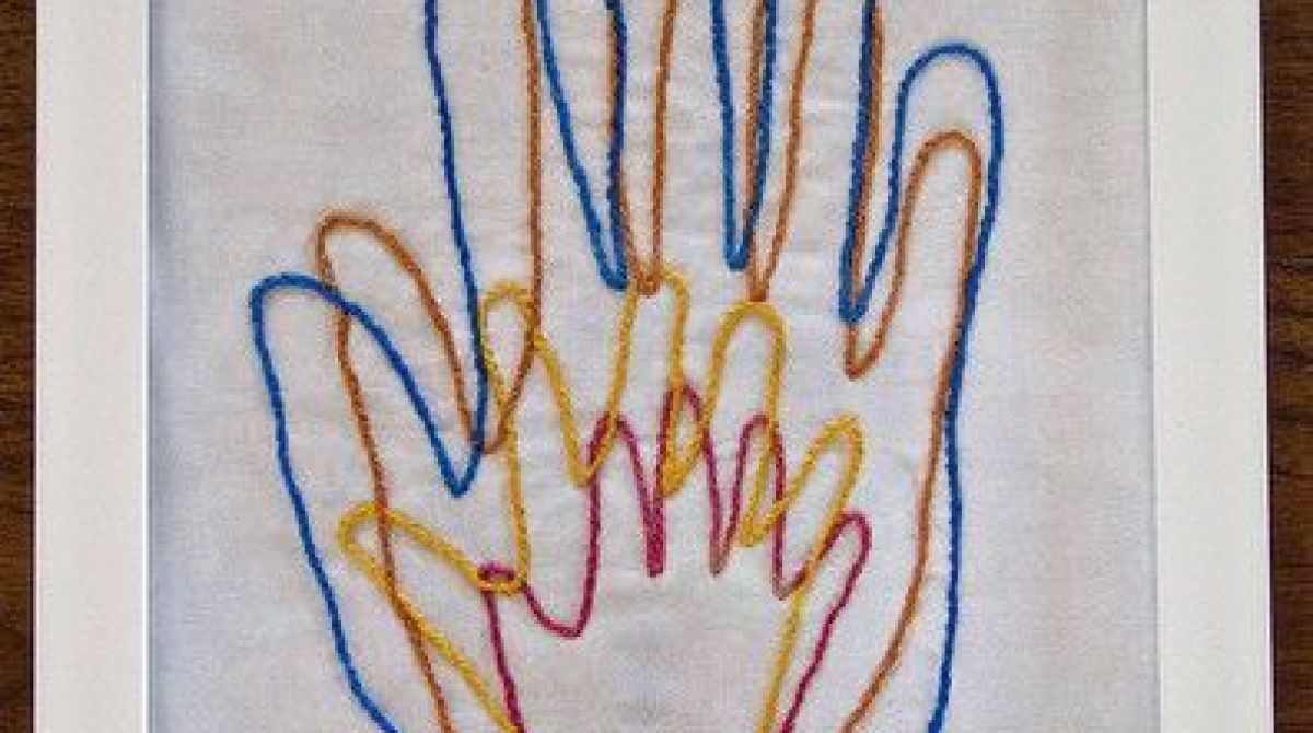 How-To: Embroidered Family Hands Art