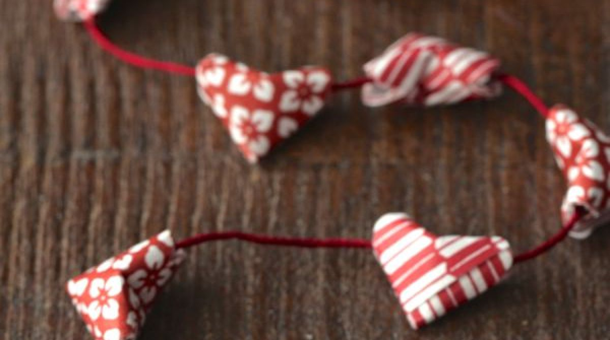 How-To: Mini Origami (Kirigami) Heart Garland