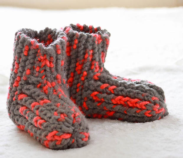 Cozy Knitting: Snow Day Slippers