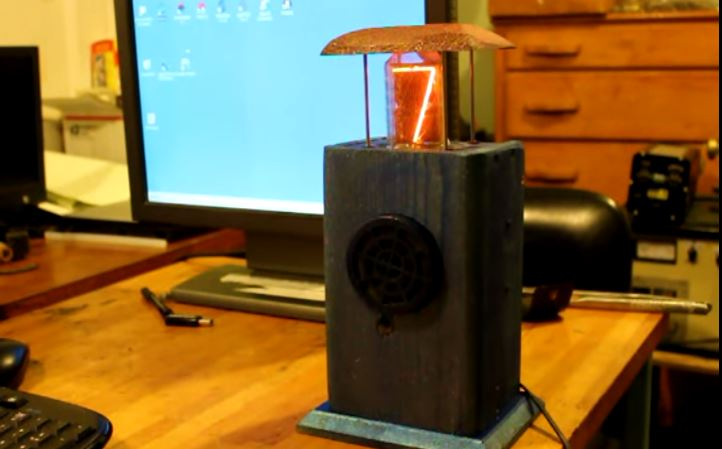"Adorable, Interactive Nixie Tube ""Pet"" Performs Simple Math"