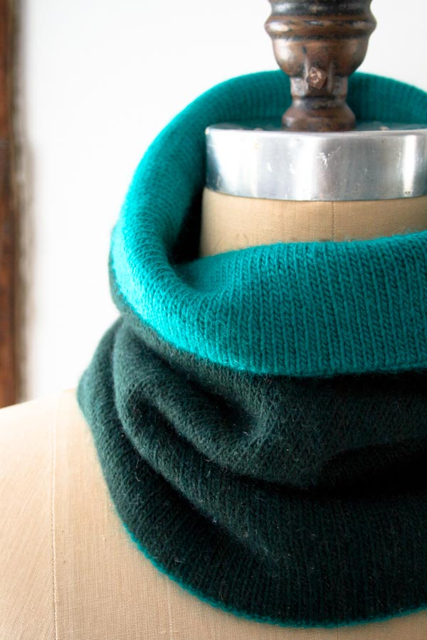 Cold Weather Knitting: Reversible Cowl