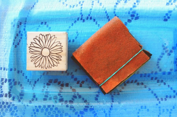 Bleach Stamp Pad DIY 5