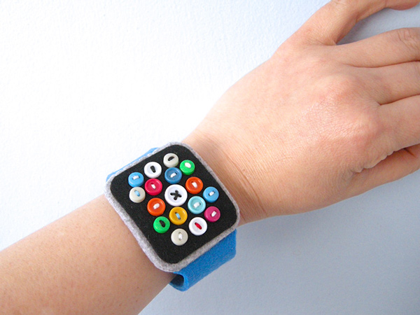 Adorable Felt Apple Watch Runs Forever, Doesn't Cost ,000