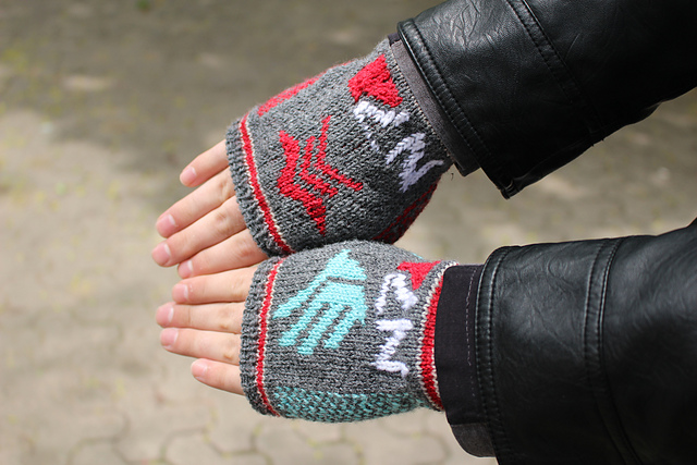 DIY Mass Effect Gaming Gloves